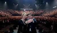 AKEO bat le record mondial du plus grand Selfie d'entreprise à Bercy